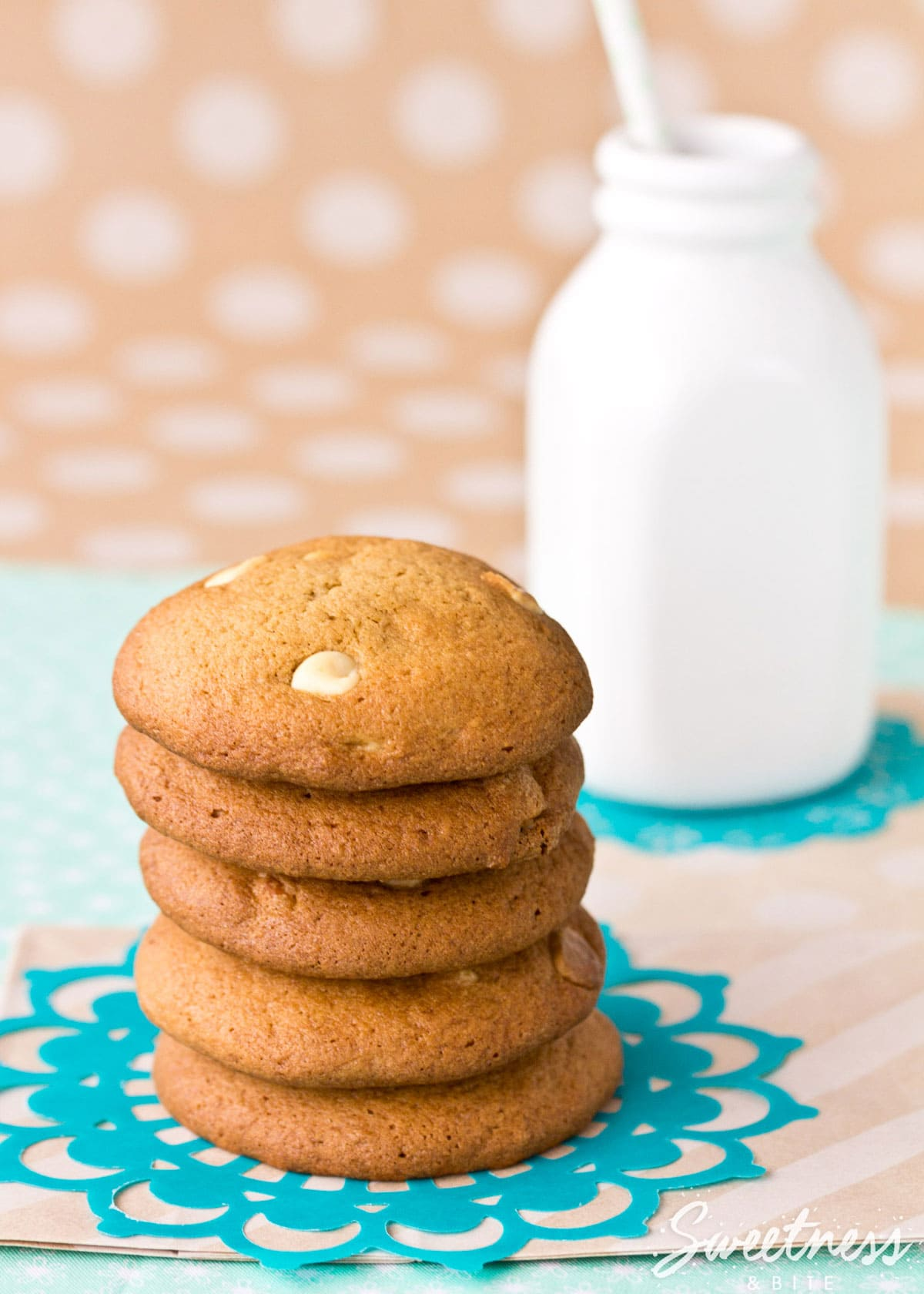 Caramel and White Chocolate Cookies ~Sweetness & Bite