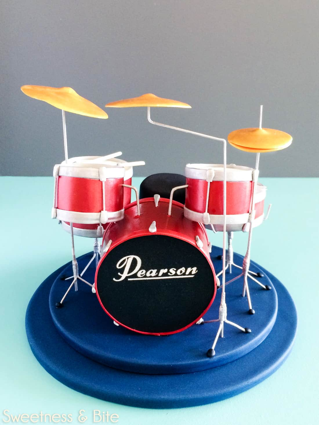 Drum Kit Cake ~ Sweetness & Bite