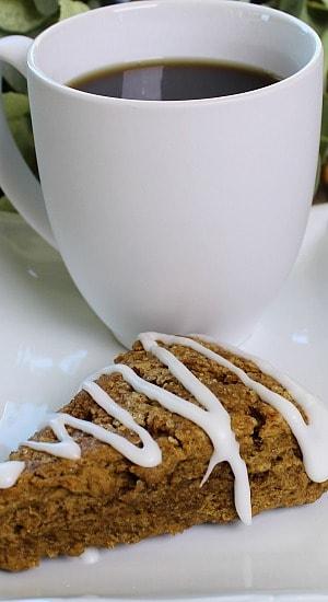 Molasses Crinkle Scone