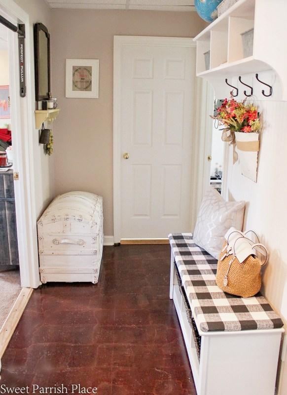 mudroom makeover reveal