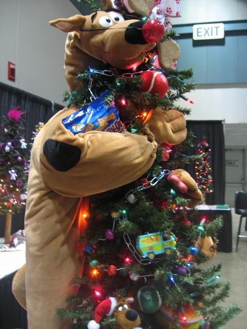 14 Kids Mini Christmas Tree Decorating Theme Ideas