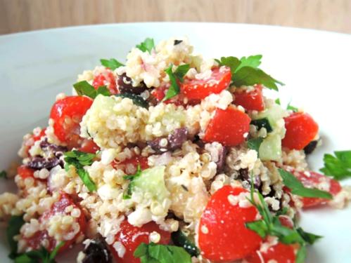 mediterranean quinoa salad.2
