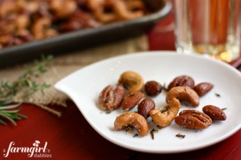 spiced-rosemary-and-thyme-nuts