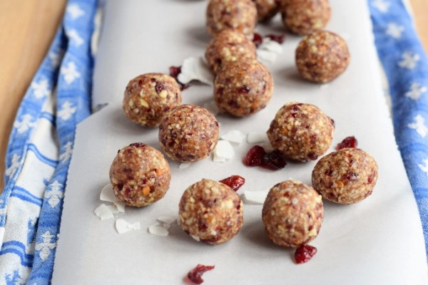 cranberry coconut protein balls.1