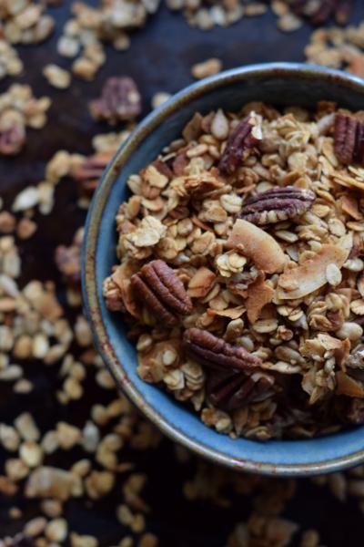 Pecan Coconut Granola. Sweetpoppyseed.com #healthy #glutenfree #healthy #vegan
