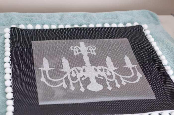 DIY Easy Invisible Zipper Pillow Case Tutorial With Cricut Iron-On