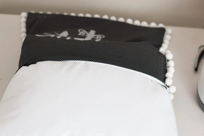 DIY Easy Invisible Zipper Pillow Case Tutorial