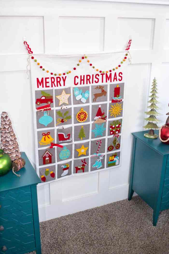 Sweet Red Poppy Merry Christmas Advent Calendar Sewing and Cricut Tutorial