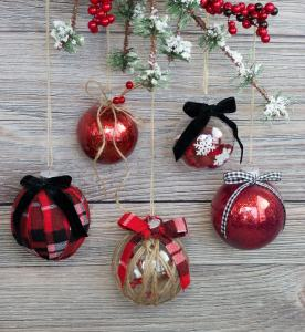 Decorate Clear Plastic Christmas Ornaments DIY Tutorial with Glitter, Fabric, Twine, Felt and Ribbon