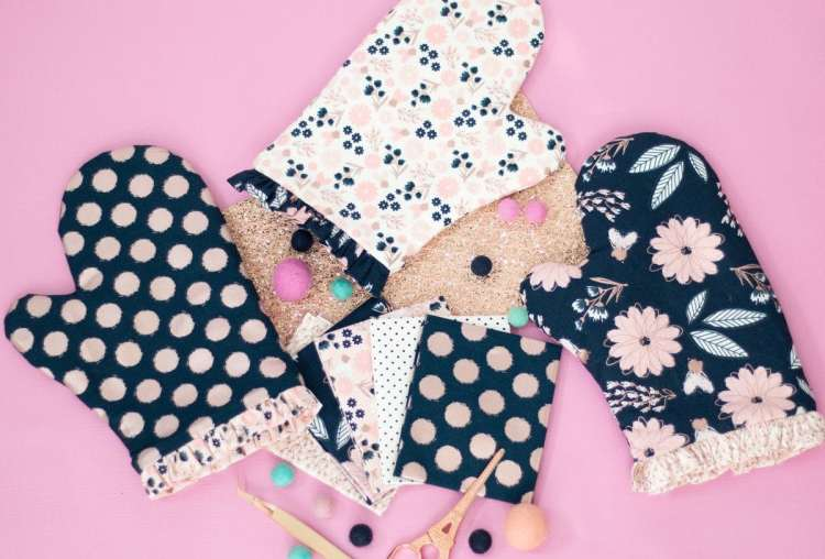 Sewing Tutorial: Cricut Maker Oven Mitts Simplicity Pattern Free Download