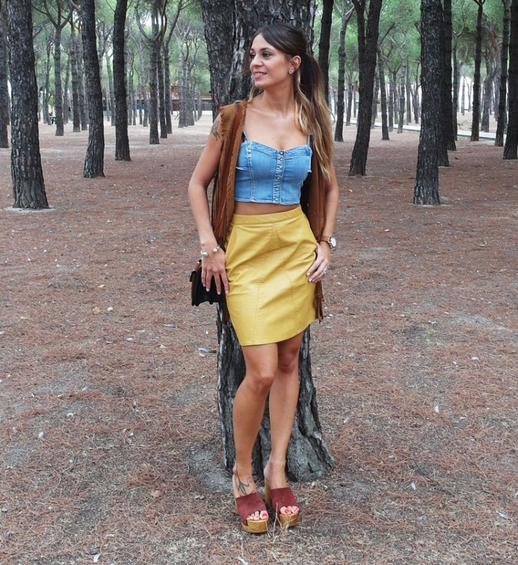 SweeTrendy - Mustard skirt