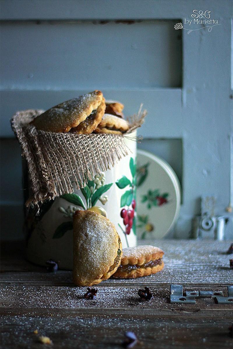 Empanadillas navideñas, empanadillas dulces, cabello de angel, fruta confitiada, Recetas de navidad, postres navideños, regalo de navidad, empanada dulce