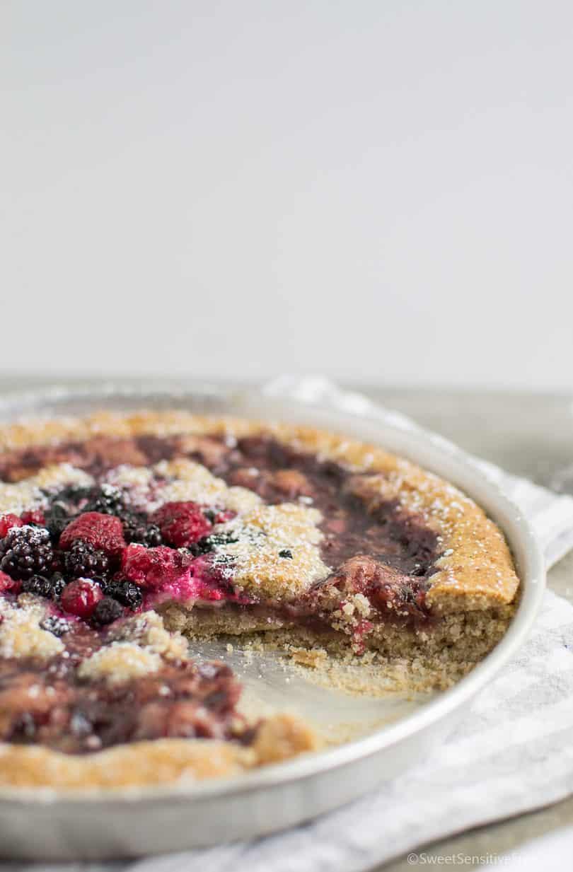 Crostata con pasta frolla senza glutine all'olio con farine naturali senza uova burro