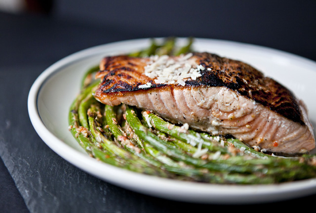 Salmon with Roasted Asparagus and Harissa