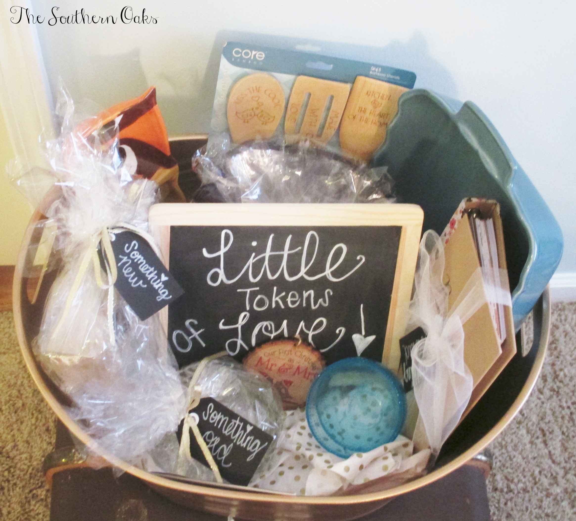 Diy Wedding Gift Basket Ideas: DIY Bridal Shower Gift Basket