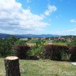 フランスの小さな村でピクニック