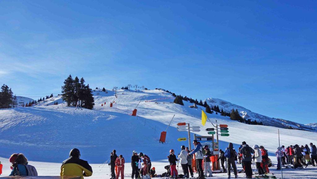 フランス冬のスキーバカンスの過ごしかた