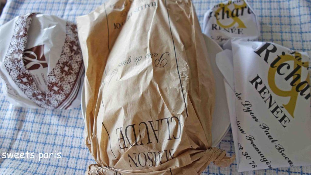 フランスのパティスリーのお菓子の包みかた