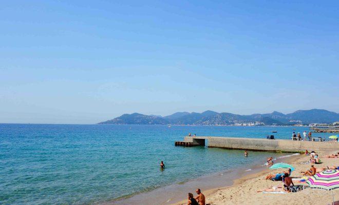 フランス滞在許可書が2ヶ月遅れで手に入った|フランスで生きるなら海ほどに広い心を持つべし