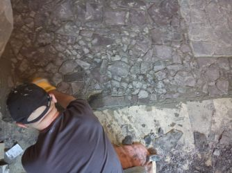 Laying slate flooring