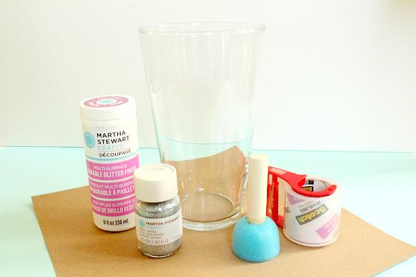 DIY loose glitter vase