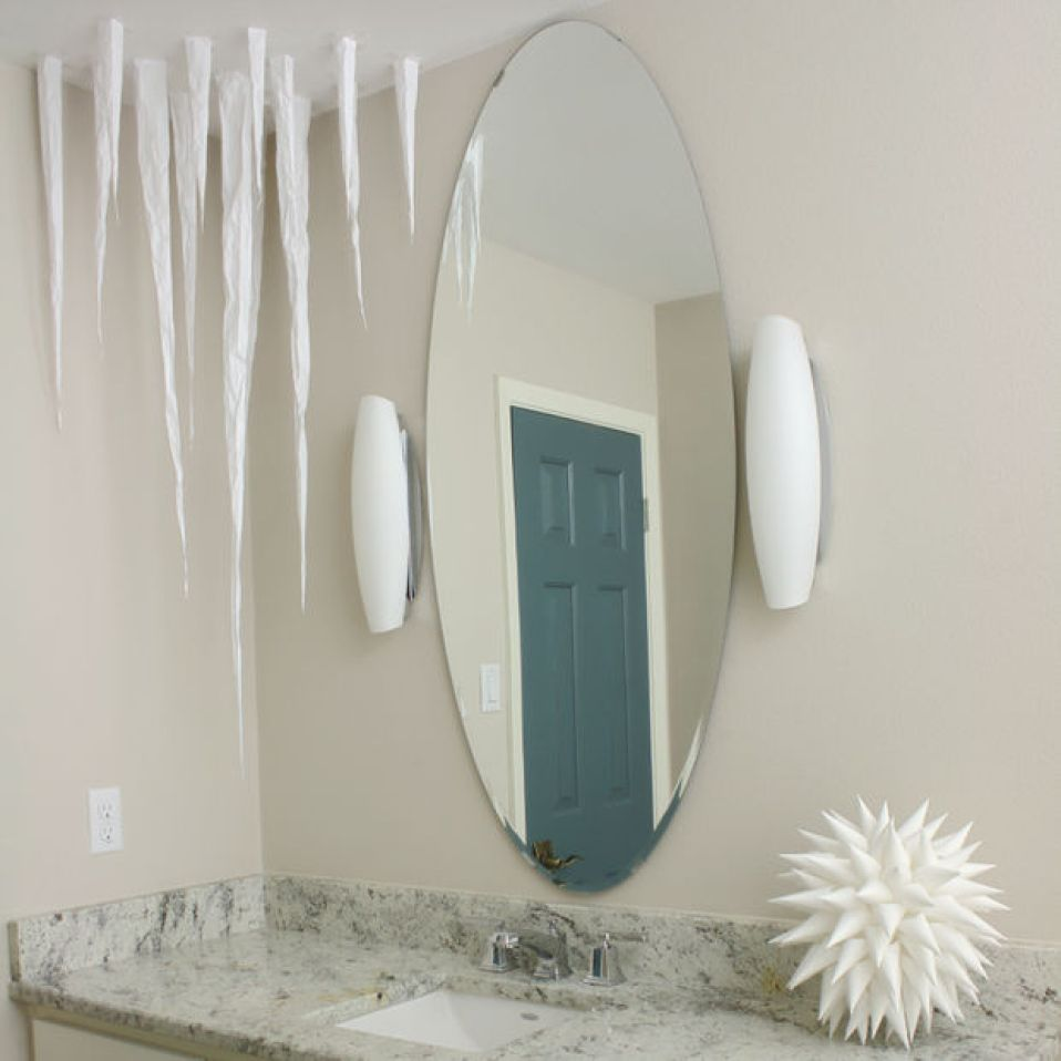 10 DIY Winter Decorations - icicles