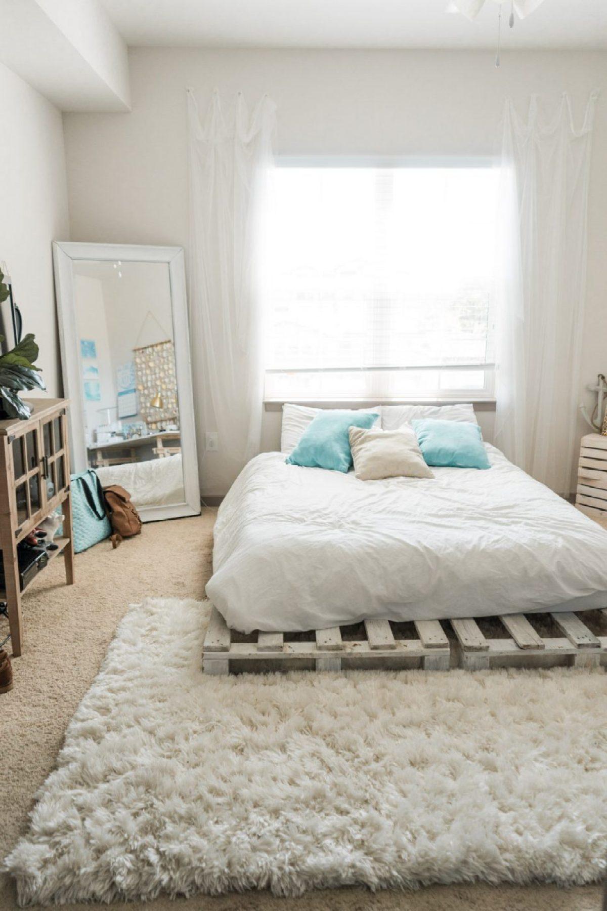 Beachy Bohemian Bedroom - Sweet Teal