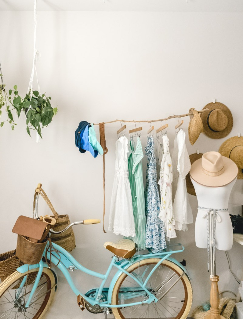 How To Make A Floating Clothing Rack (made out of a stick!)