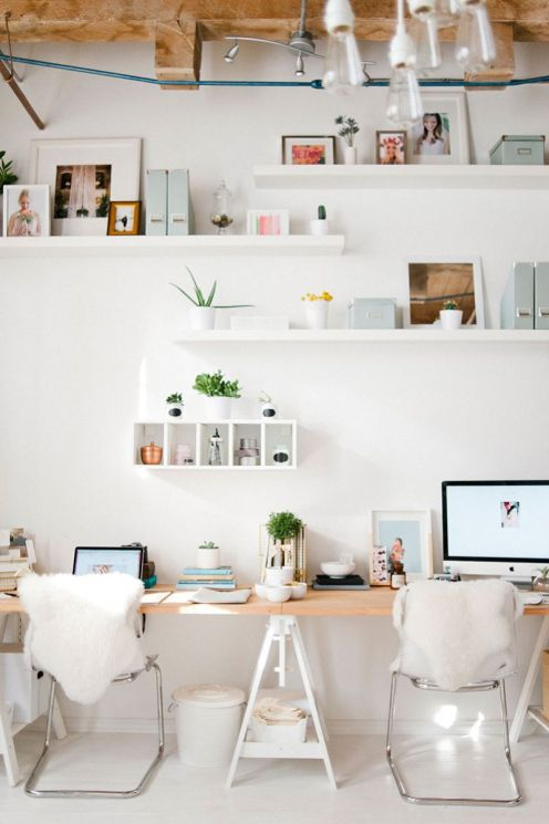 Dreamy Workspace For The Minimal Girl