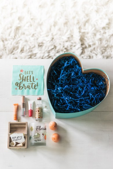 Bridesmaid Boxes - How To Ask Your Bridesmaids - Sweet Teal