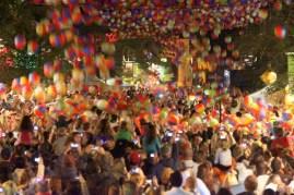 Panama City, FL New Year's Eve Beach Ball Drop | www.sweetteasweetie.com