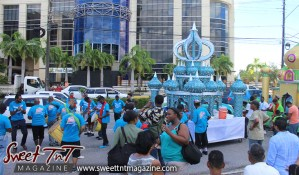 Hosay parade in sun in Sweet T&T, Sweet TnT, Trinidad and Tobago, Trini, Travel, Vacation, Tourist, Hosay, Muslim, Parade, Tomb, Drummers, Funeral Procession, Woodbrook, St James, St Clair, Palm, Dancing the moon, Tadjahs, Moons, Tadjahs, mosques, Hussein, Hassan, tombs, tassa side, two moons, Husayn, Hassan