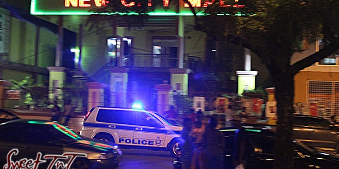 Crime - Police jeep in front New City Mall in Port of Spain in Sweet T&T, Sweet TnT, Trinidad and Tobago, Trini, vacation, travel