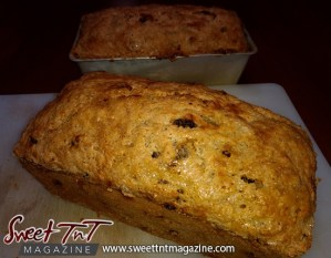 Sweetbread ready to eat in sweet T&T for Sweet TnT Magazine, Culturama Publishing Company, for news in Trinidad, in Port of Spain, Trinidad and Tobago, with positive how to photography.