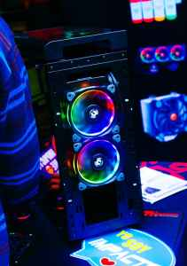 Computer build on the cheap, blur build case close up