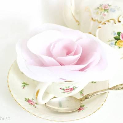 DIY: No Sew Fabric Roses