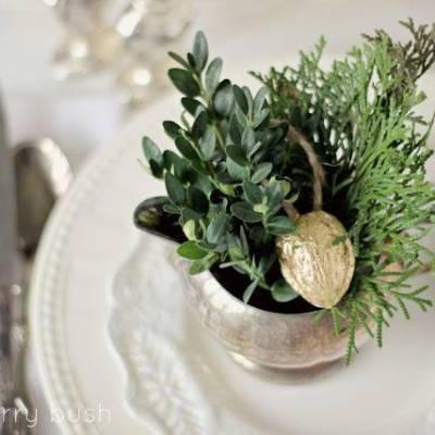 DIY: Gilded Walnut 'Thankful' Ornament Favors