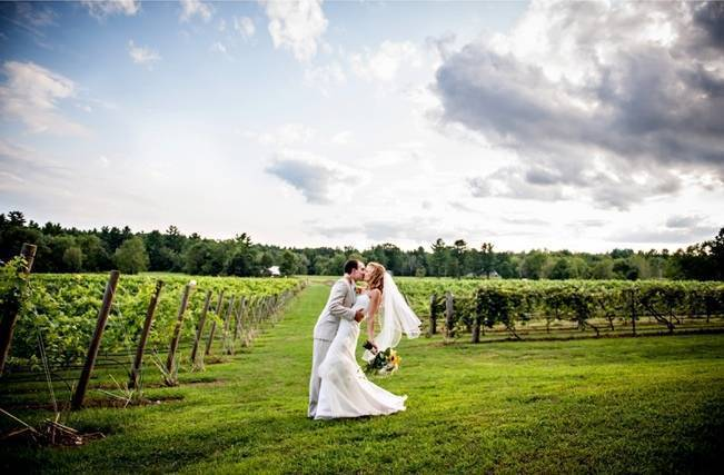 new hampshire vineyard wedding