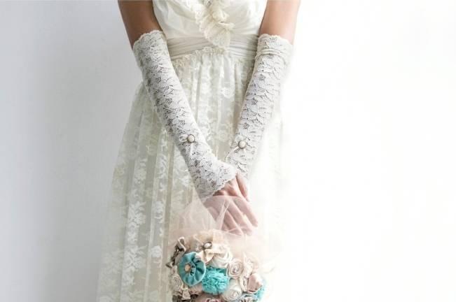 long lace bridal gloves