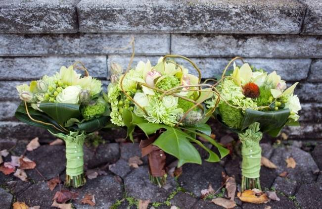 all green wedding bouquet