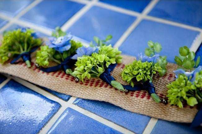 blue and green boutonnieres