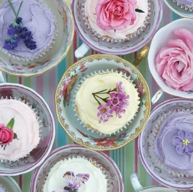 edible flowers for cupcakes