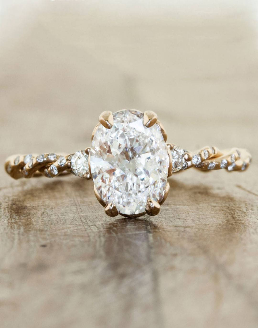 Beautiful Bachelorette-Inspired Oval Engagement Rings 8