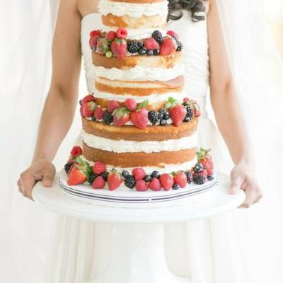 15 Berry Wedding Cake Ideas