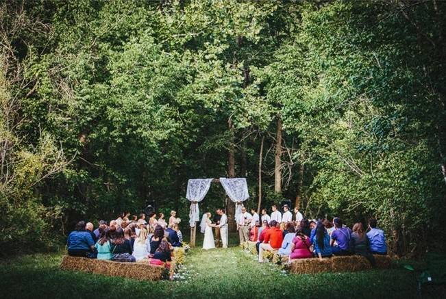 Backyard DIY Kentucky Wedding {Cassie Lopez Photography} 10