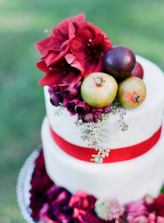 Elegant Red Alfresco Wedding Inspiration {Carmen Santorelli Photograhy} 10