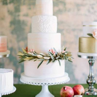 Botanical Winter Wedding Cakes