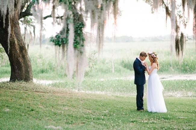 Charming Southern Wedding at Litchfield Plantation {Pasha Belman Photography} 20