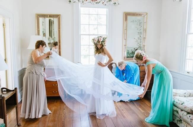 Charming Southern Wedding at Litchfield Plantation {Pasha Belman Photography} 3