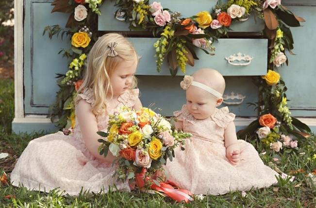 Fun Bright Wedding + Ideas for the Little Ones {Heather Rice Photography} 11